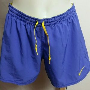 Nike Just Do it Small Athletic Shorts